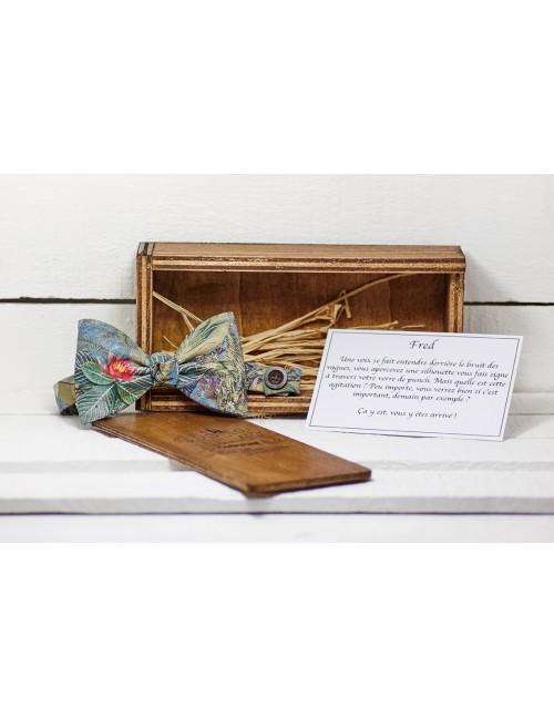 gand-noeud-papillon-fleuri-bleu-rouge-vert-homme-mariage-toutes-occasions-coffret-rangement-bois
